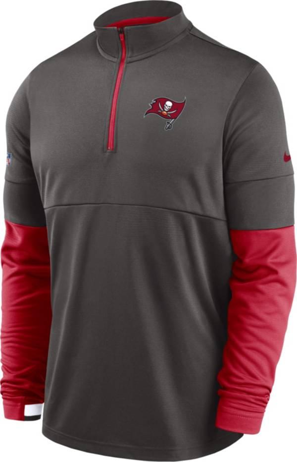 Nike Men's Tampa Bay Buccaneers Sideline Coach Performance Half-Zip Pullover product image