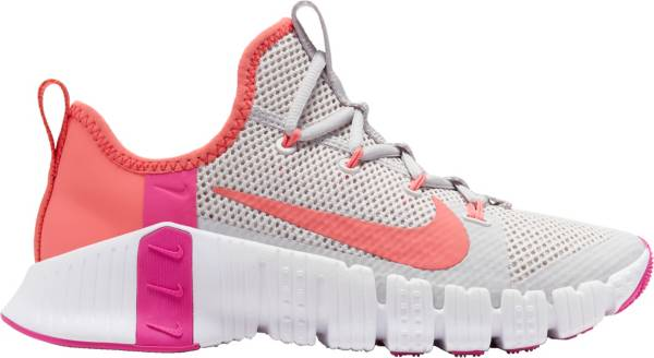 una taza de compilar difícil  Nike Women's Free Metcon 3 Training Shoes | DICK'S Sporting Goods
