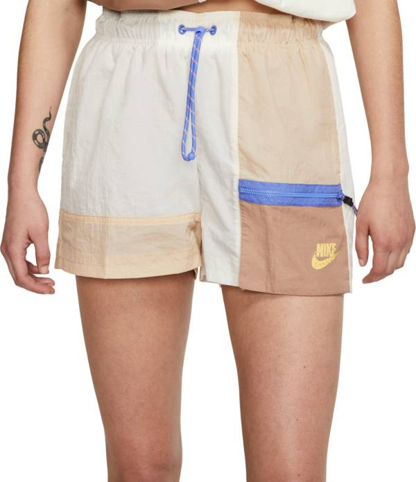 Nike Women's Sportswear Icon Clash Get Outside Shorts product image