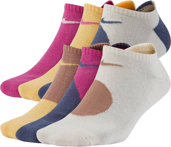 Nike Women's Everyday Cushioned No-Show Socks – 6 pack product image