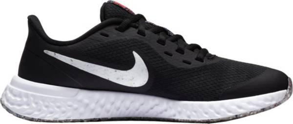 Nike Kids' Grade School Revolution 5 SE Running Shoes product image