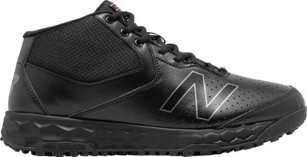 New Balance Men's MU950 V3 Mid Umpire Shoes product image