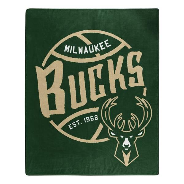Milwaukee Bucks 50'' x 60'' Blacktop Raschel product image
