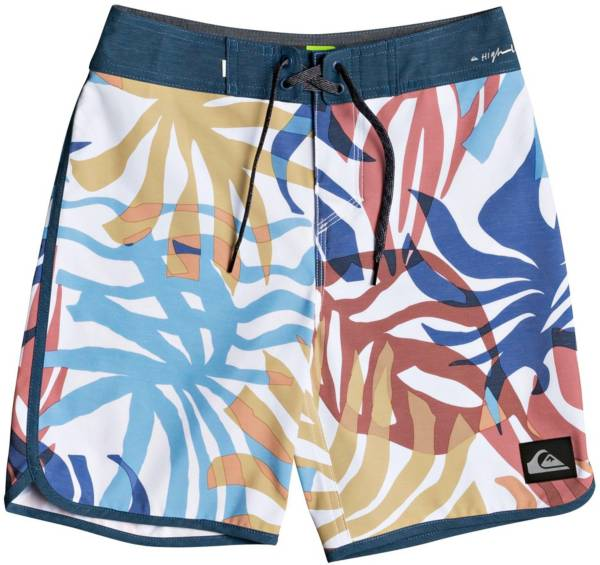 """Quiksilver Boys' Highline Vacancy Scallop 17"""" Board Shorts product image"""