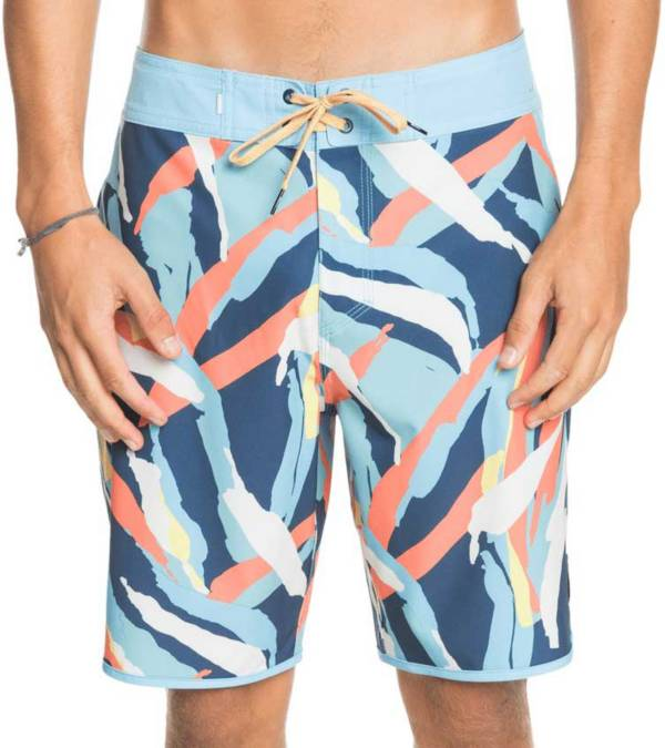 """Quicksilver Men's Highline Scallop Variable 19"""" Boardshorts product image"""