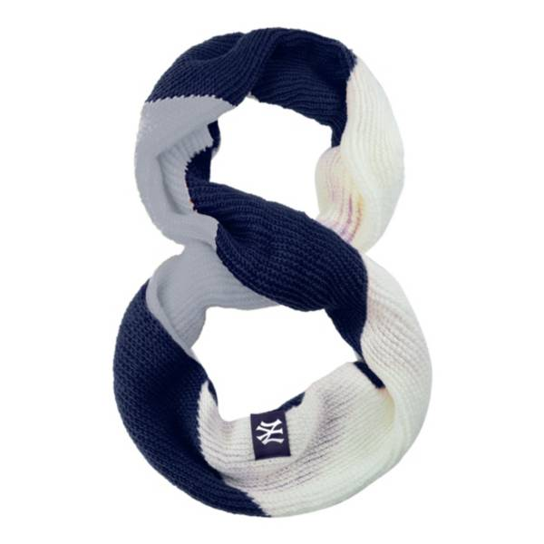 FOCO New York Yankees Scarf product image