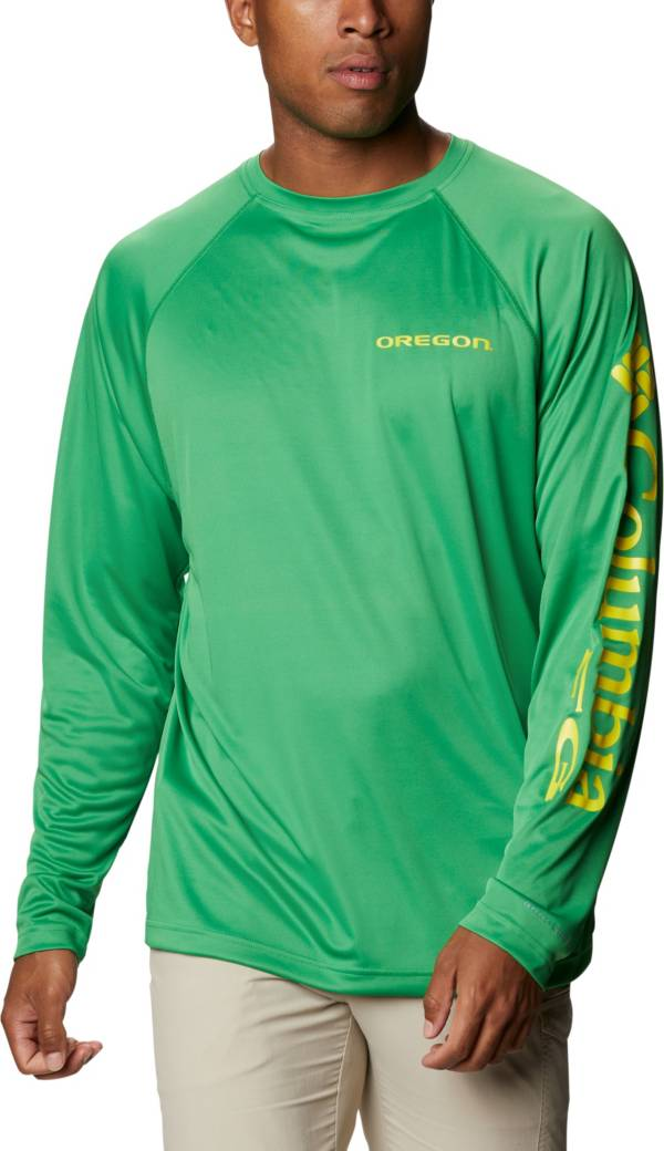 Columbia Men's Oregon Ducks Green Terminal Tackle Long Sleeve T-Shirt product image
