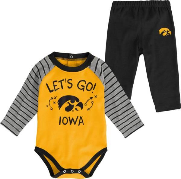 Gen2 Toddler Iowa Hawkeyes Black Touchdown 2-Piece Creeper Set product image