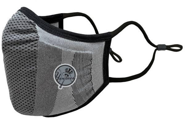 Levelwear Adult New York Yankees Grey Tonal Logo Guard 3 Face Covering product image