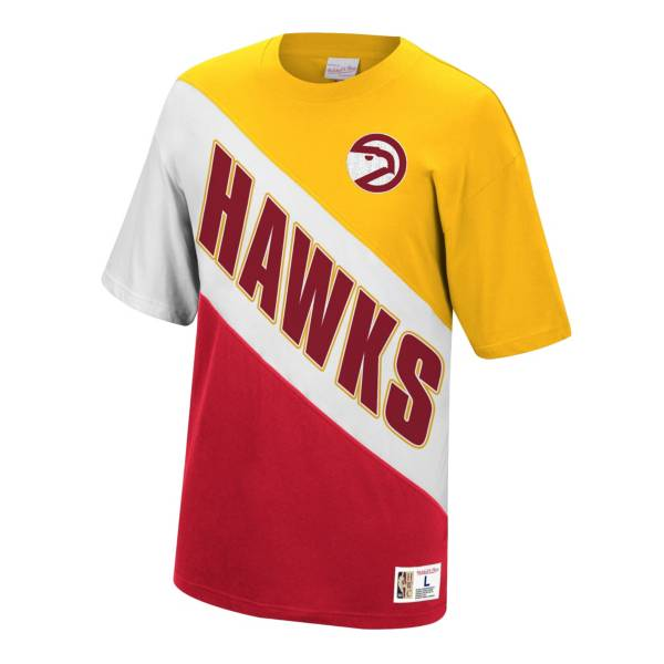 Mitchell & Ness Atlanta Hawks Play by Play T-Shirt product image