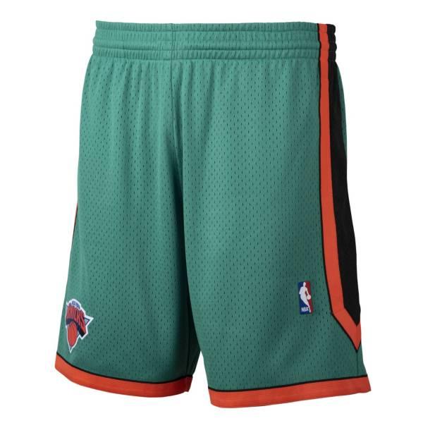 Mitchell & Ness Men's New York Knicks Green Swingman Shorts product image