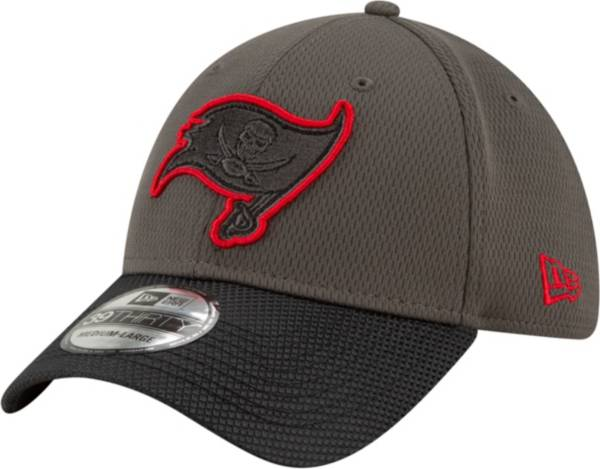 New Era Men's Tampa Bay Buccaneers Sideline 2021 Road 39Thirty Black Stretch Fit Hat product image