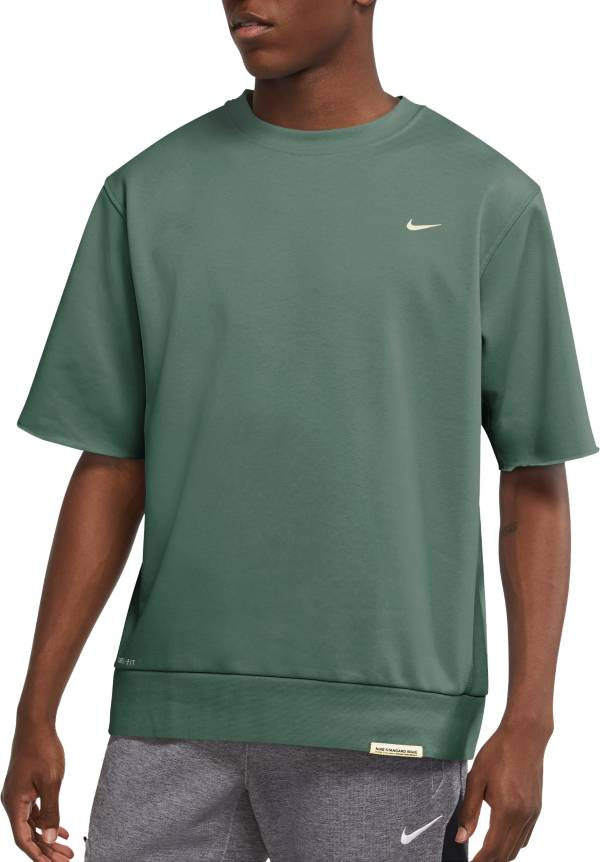 Nike Men's Dri-FIT Standard Issue Basketball Cutoff Crewneck Shirt product image