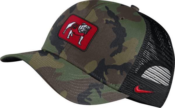 Nike Men's Georgia Bulldogs Camo Classic99 Trucker Hat product image