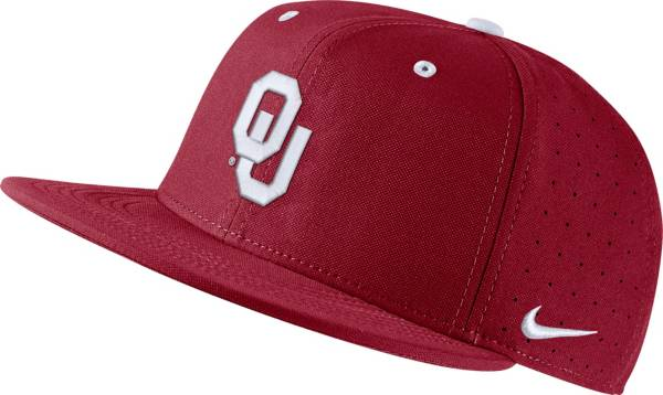 Nike Men's Oklahoma Sooners Crimson Fitted Baseball Hat product image