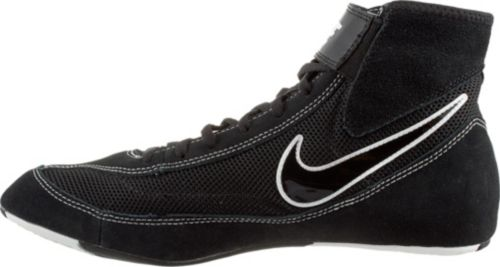 new style 24466 bf1bd Nike Men s Speed Sweep VII Wrestling Shoes