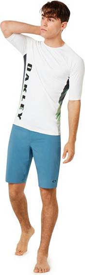 Oakley Men's Base Line Hybrid Golf Shorts product image