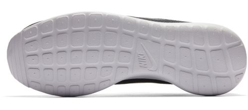 5400ea62fc87 Nike Men s Roshe One Shoes