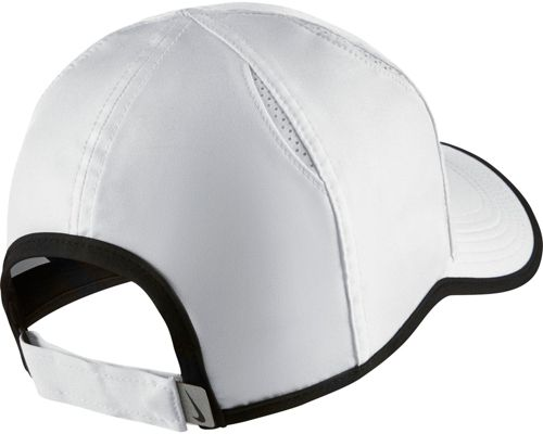 b6fdbb9868f Nike Men s Feather Light Adjustable Hat