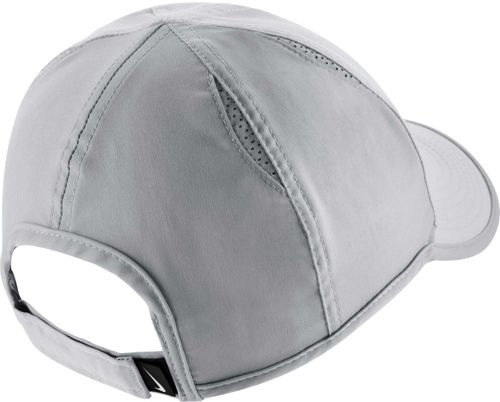 07cde67139723 Nike Women s Feather Light Adjustable Hat