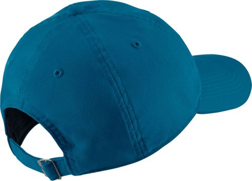 b587689fde2c5 Nike Men s Twill H86 Adjustable Hat