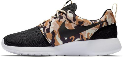 huge discount ea932 58188 Nike Men s Roshe One SE Camo Shoes