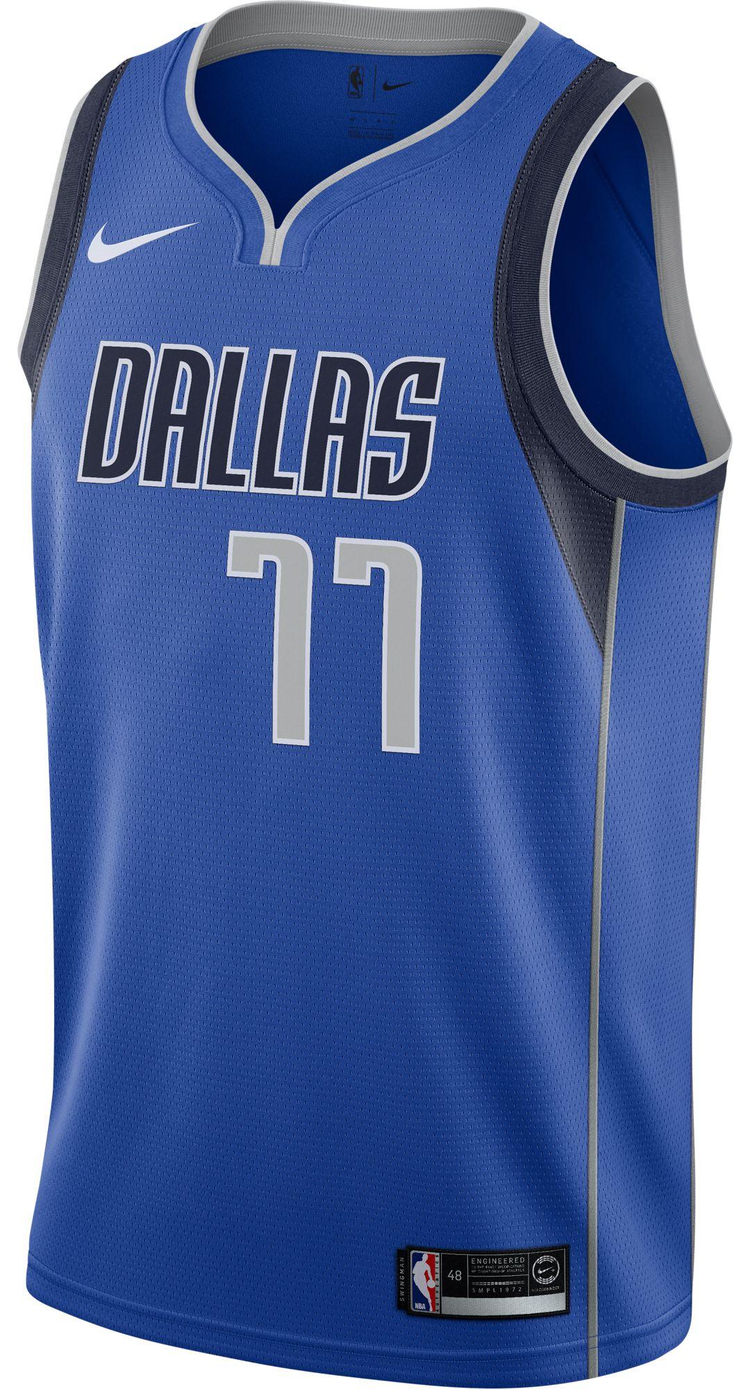 pretty nice 404f3 c3409 Nike Men's Dallas Mavericks Luka Doncic #77 Royal Dri-FIT Swingman Jersey