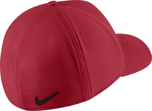 37be0124697 Nike Men s AeroBill TW Classic99 Golf Hat