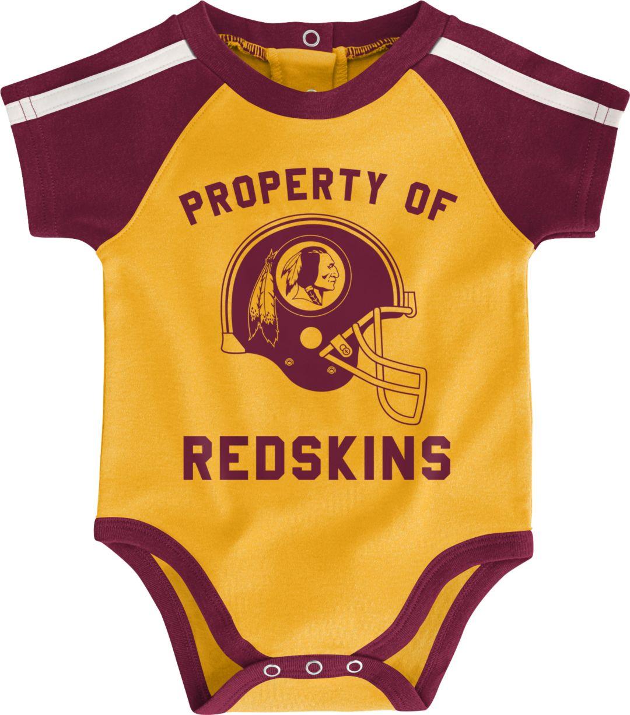 release date: 90572 21092 NFL Team Apparel Infant Washington Redskins Bib/Booties Set
