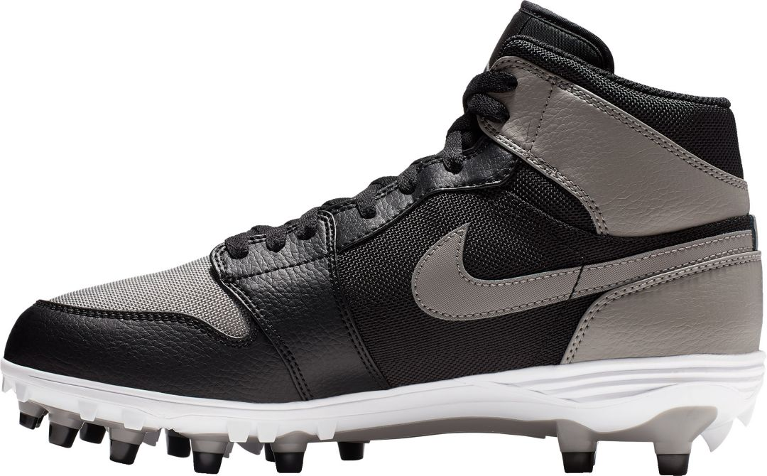 competitive price ff644 ac209 Jordan Men's Retro 1 TD Mid Football Cleats