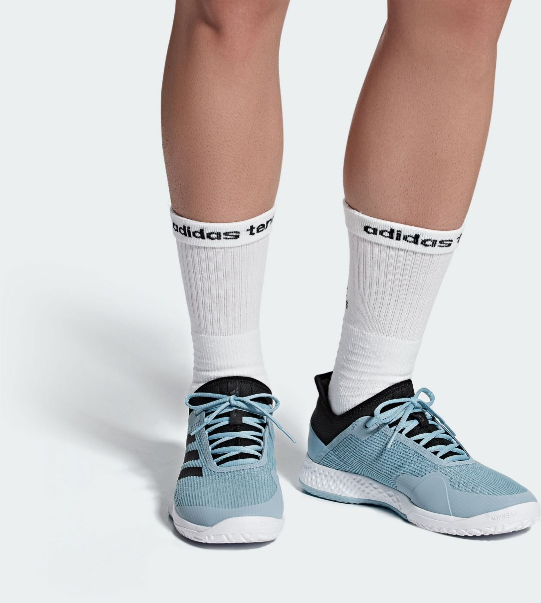 adidas Men's adizero Club 2 Tennis Shoes