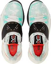 Nike Kyrie Low 3 Basketball Shoes product image