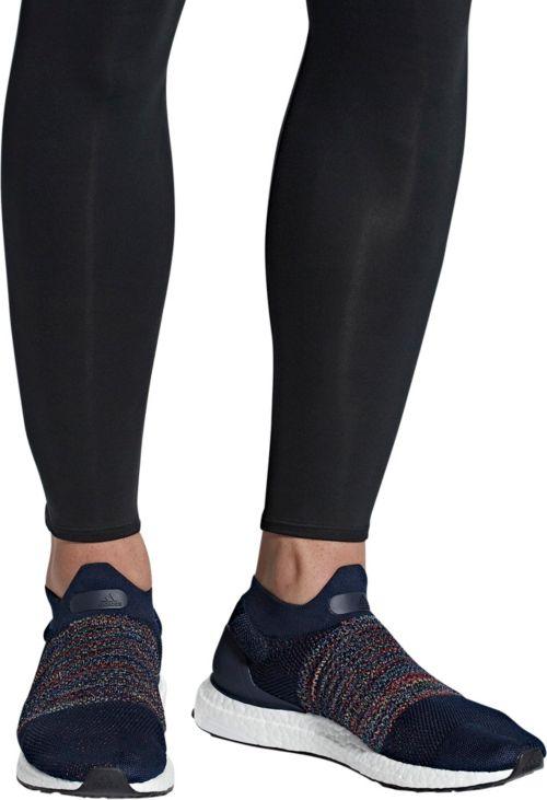 e8bdd6425 adidas Men s Ultraboost Laceless Running Shoes