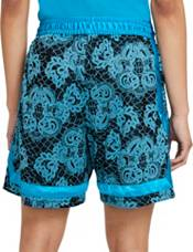 Nike Women's Swoosh Fly Crossover Printed Basketball Shorts product image
