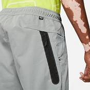 Nike Men's Sportswear Tech Essentials Unlined Commuter Pants product image