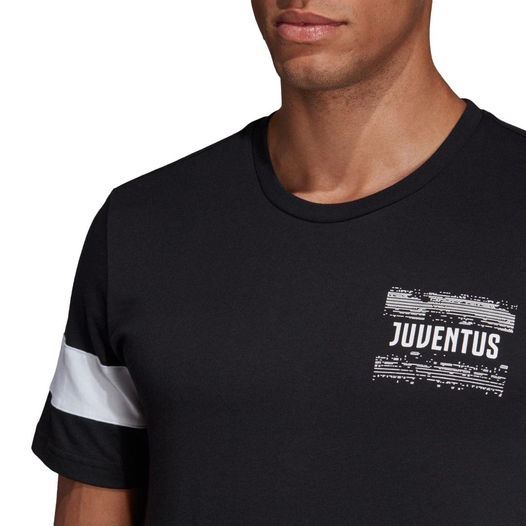 687aeed58 adidas Men's Juventus Street Graphic Black T-Shirt | DICK'S Sporting ...