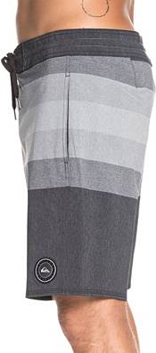 Quiksilver Men's Vista Beach Board Shorts product image