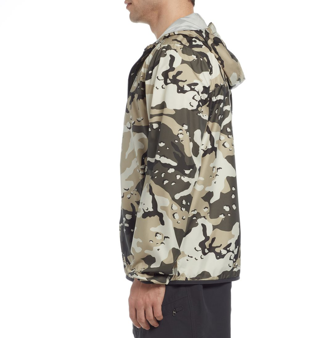 6ae52fcb3 The North Face Men's Printed Cyclone Hoodie