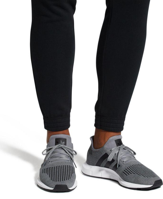 a2c477cf adidas Originals Men's Swift Run Shoes