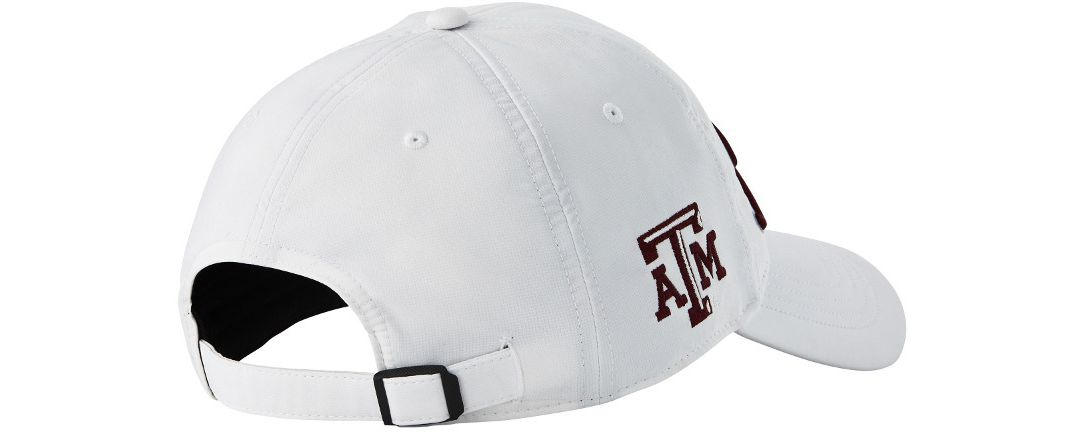 b3cd961c Titleist Men's Texas A&M Aggies Performance Golf Hat | DICK'S ...