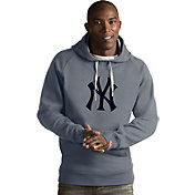 Antigua Men's New York Yankees Grey Victory Pullover