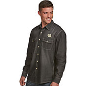 Antigua Men's Notre Dame Fighting Irish Long Sleeve Button Up Chambray Shirt