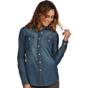 Antigua Women's Georgia Bulldogs Long Sleeve Button Up Chambray Shirt