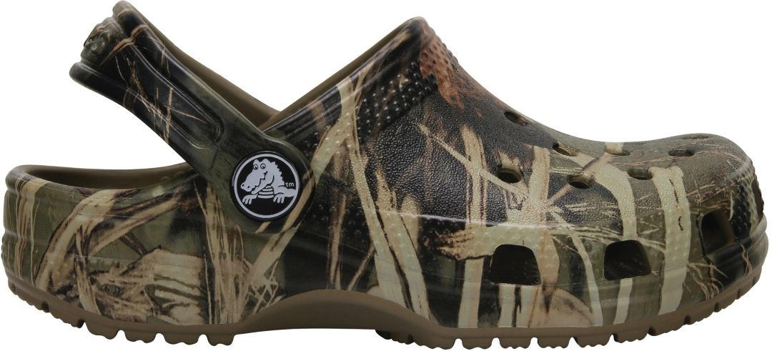 2ae199d40 Crocs Youth Classic Realtree Camo Clog 1