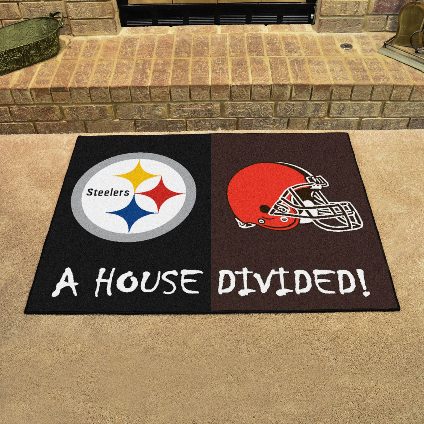 FANMATS Pittsburgh Steelers-Cleveland Browns House Divided Mat