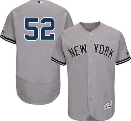 Majestic Men s Authentic New York Yankees CC Sabathia  52 Road Grey ... 87b67c96ce8