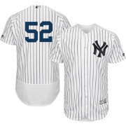 Majestic Men's Authentic New York Yankees CC Sabathia #52 Home White Flex Base On-Field Jersey