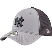 New Era Men's New York Yankees 39Thirty Grayed Out Grey Stretch Fit Hat