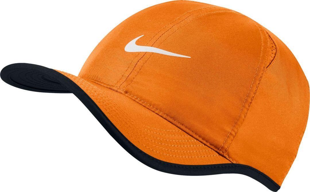 51169126 Nike Men's Feather Light Adjustable Hat