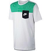 Nike Men's Sportswear AV15 Printed Pocket Graphic T-Shirt